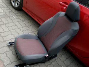 Pokrowce samochodowe na fotel przedni