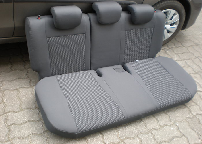 Profesjonalnie założone pokrowce na siedzenia samochodowe